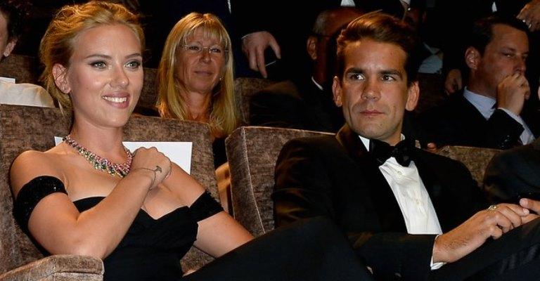 Atriz Scarlett Johansson pede divórcio do marido