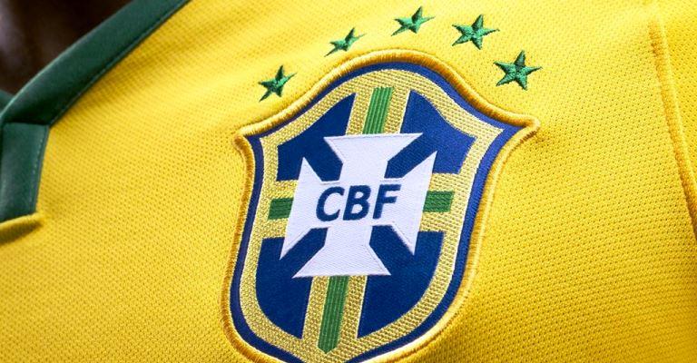 Seleção do Brasil volta ao topo do ranking da Fifa