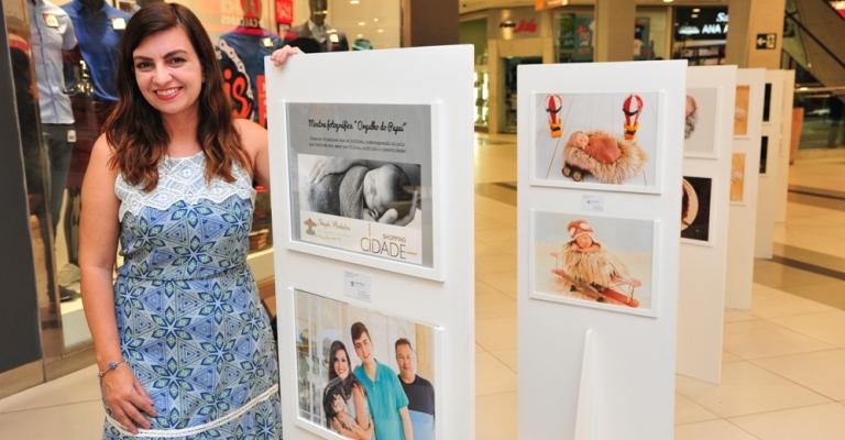 Mostra reúne imagens de bebês com o estilo do pai