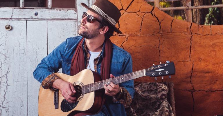 Gedeon Antunes lança disco com diversas influências