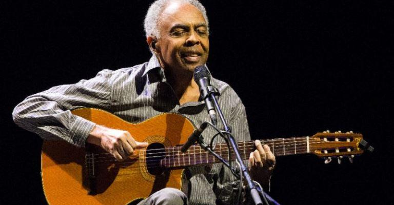 Gilberto Gil comemora 21 anos da música Pela Internet