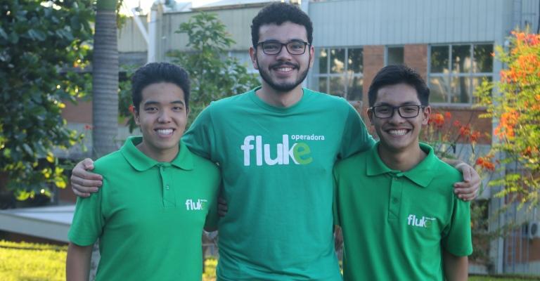Estudantes criam operadora digital de telefonia