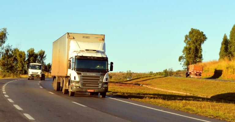Tabelamento deixa frete rodoviário 12% mais caro