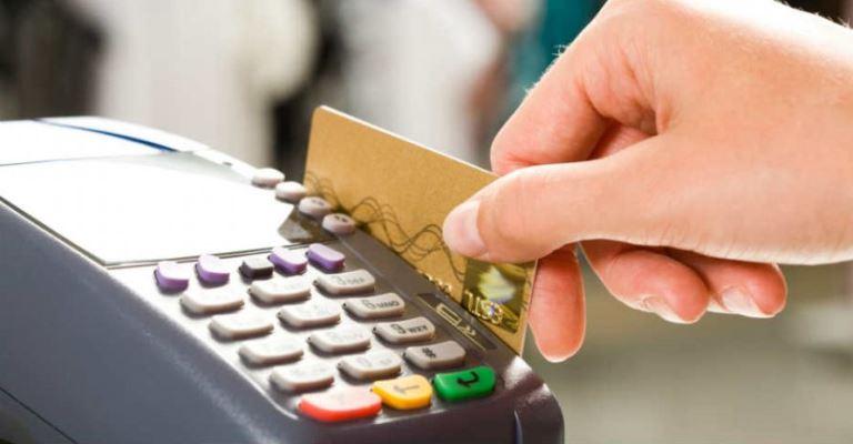 Pagamentos com cartões movimentam R$ 2 trilhões em 2020