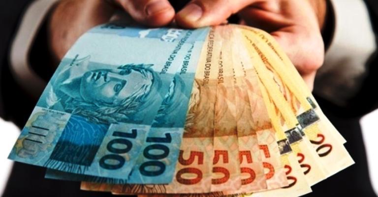 Seguro-desemprego é corrigido com parcelas que vão até R$ 1,9 mil