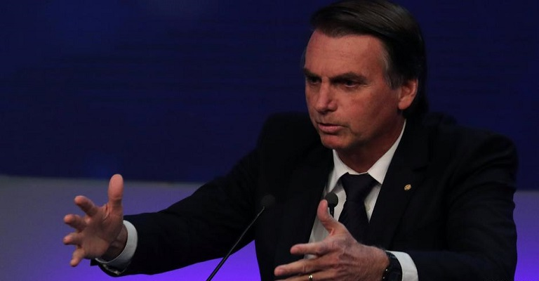 Bolsonaro segue líder das intenções de voto