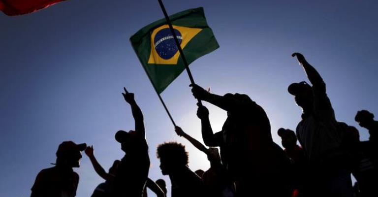 O silêncio das ruas do Brasil
