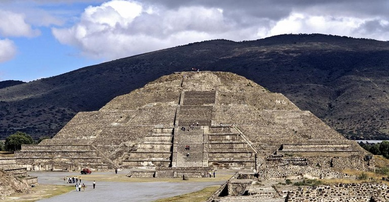 Câmara subterrânea é descoberta em Teotihuacan