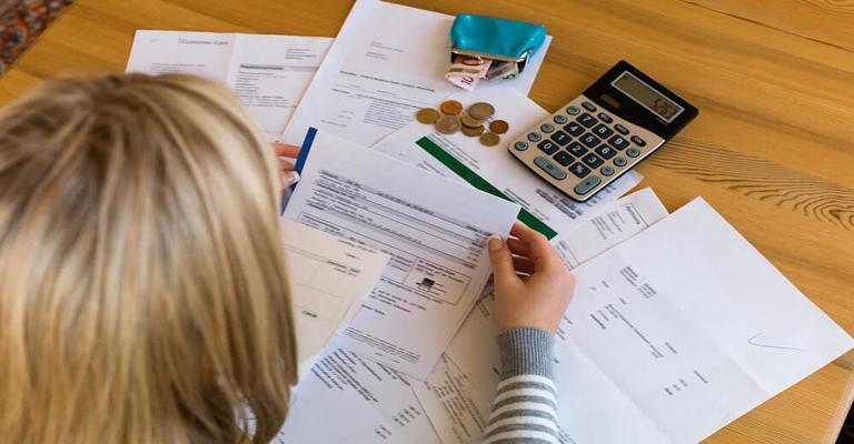 Percentual de famílias com dívidas aumentou pelo 7º mês consecutivo