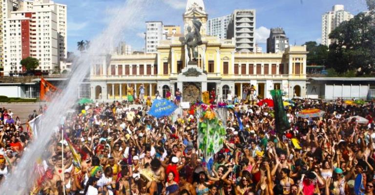 PBH abre cadastramento de ambulantes para o Carnaval 2019