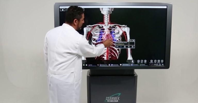 Startup brasileira substitui cadáveres por clones virtuais