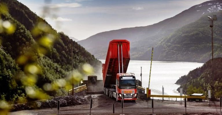 Depois do Brasil, Noruega vai utilizar caminhão Volvo autônomo