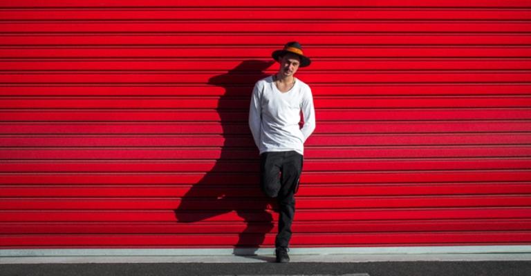 DJ é promessa da música eletrônica internacional