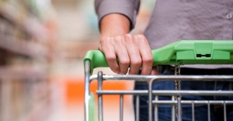 Vendas do comércio varejista crescem 1,2% em 2020, diz IBGE