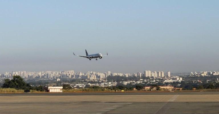 Brasil faz esforços para incrementar setor aéreo