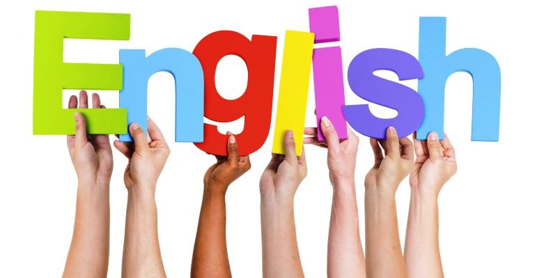 Curso gratuito ensina a brasileiros a escrita usada em universidades americanas
