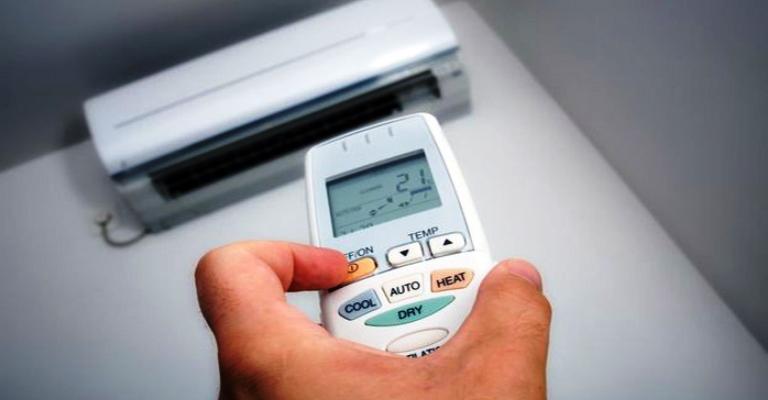 Saiba como economizar energia em dias de calor