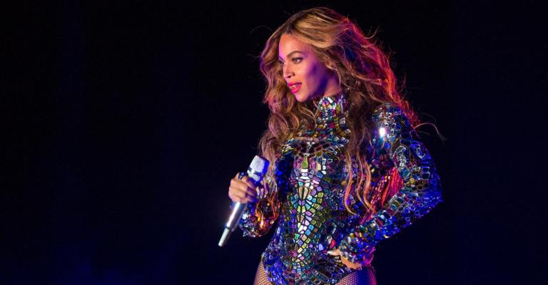 "Beyoncé apresenta trailer do filme ""Black Is King"""