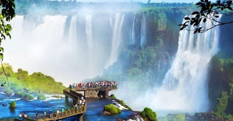Cataratas do Iguaçu celebra 8º ano como uma das sete Maravilhas da Natureza