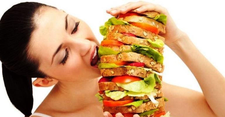 4 boas maneiras de se controlar o estomago vazio