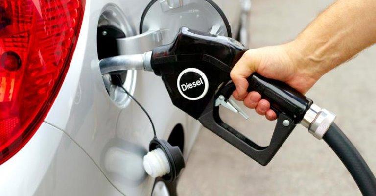 Governo corta incentivos e verbas para viabilizar diesel