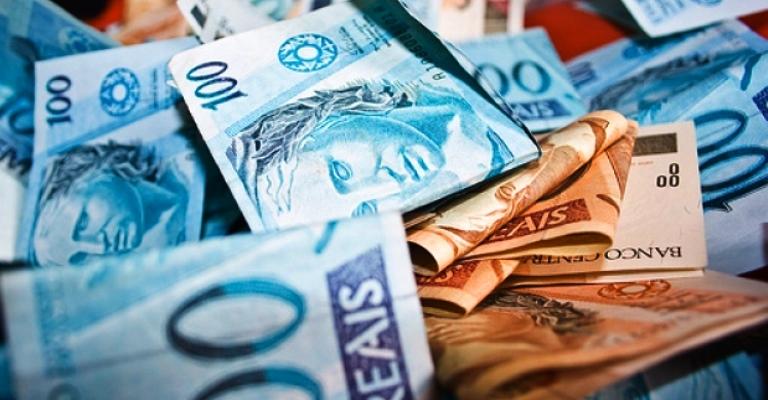 13º salário deve injetar R$ 211,2 bilhões na economia