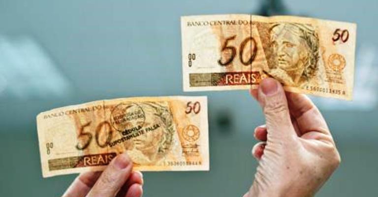 Bancos trocarão dinheiro falso sacados em caixas