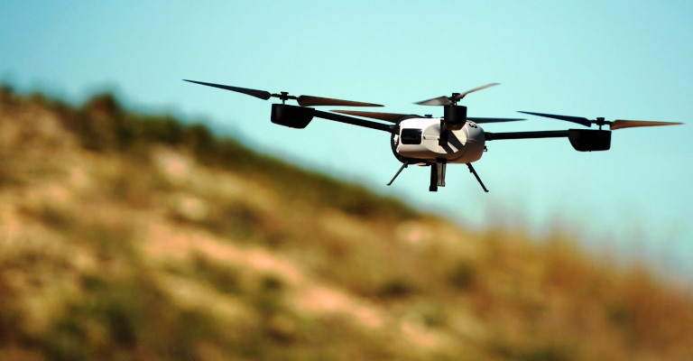 Quer aprender a pilotar um drone?