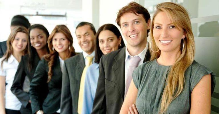 Dezenas de empresas têm vagas de estágio e trainee