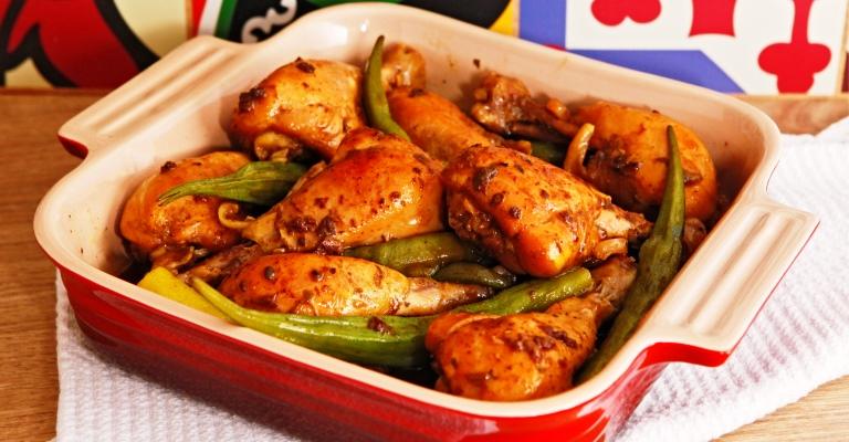 Chef ensina duas receitas econômicas com frango