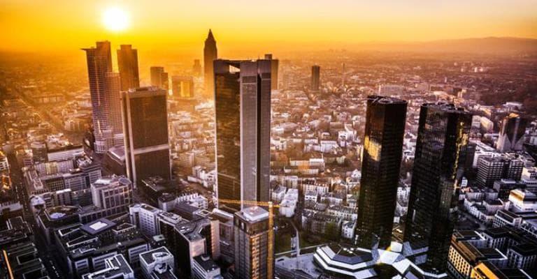 Frankfurt almeja 100% de energia renovável