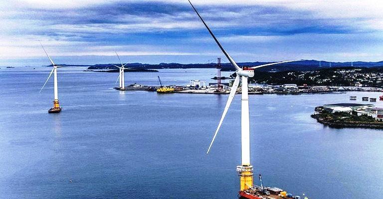 Primeiro parque eólico flutuante é inaugurado na Escócia
