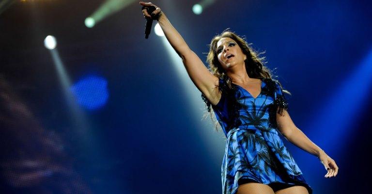 Ivete lança músicas inéditas no Live Experience