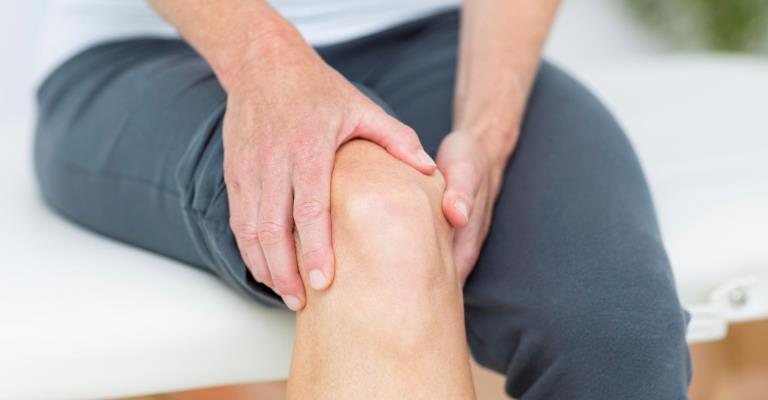 Estudo aponta que quarentena aumentou casos de dores musculoesqueléticas