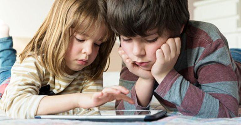 Como educadores e pais devem lidar com a geração Y