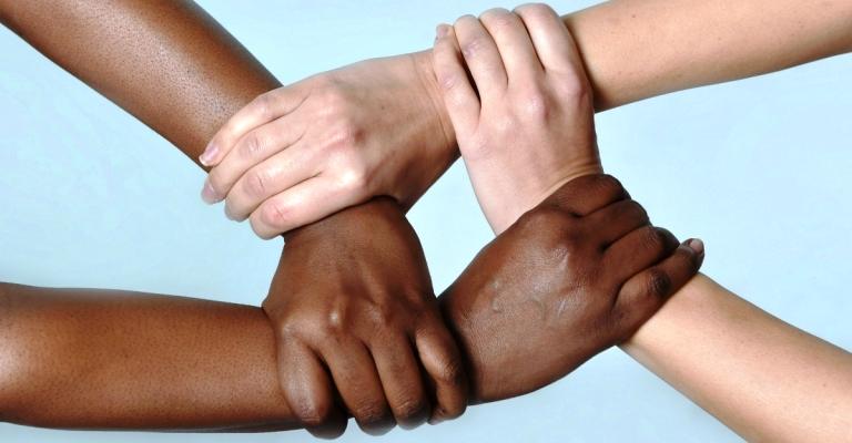 Estrangeiros, judeus, negros – Como pensar diante do racismo?