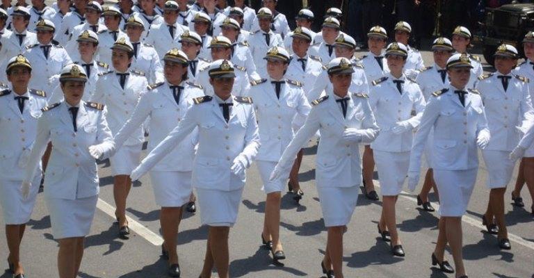 Mulheres passam a ter acesso a todos os cargos da Marinha