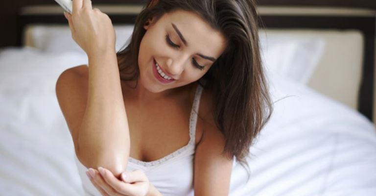 4 coisas para fazer pela sua pele logo de manhã