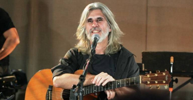 Oswaldo Montenegro estreia novo show em São Paulo