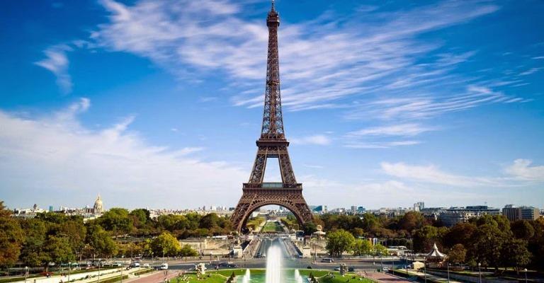 França oferece mais de 700 oportunidades de estudos para estrangeiros