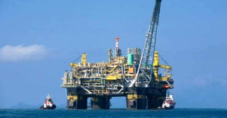 AIE prevê aumento da produção de petróleo no Brasil