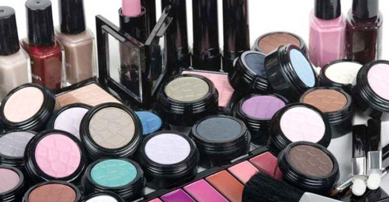 Anvisa proíbe venda de produtos de beleza