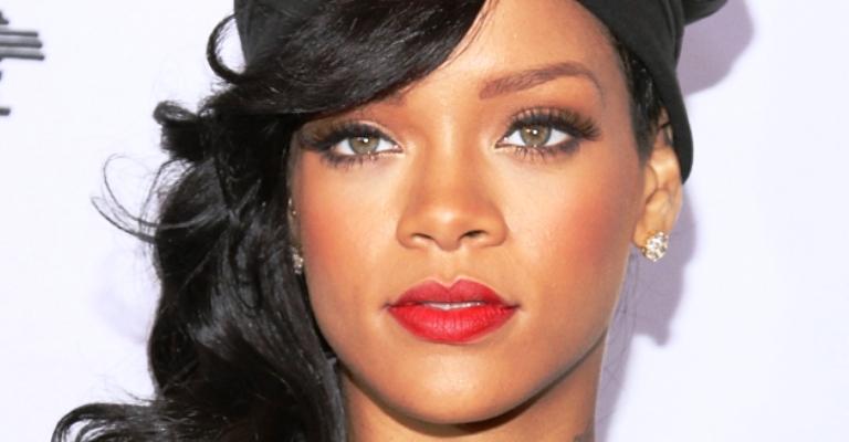 Rihanna supera Beatles em ranking de hits