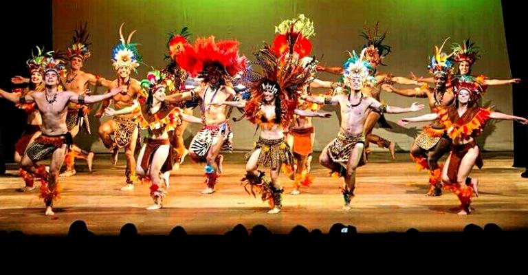 Palácio das Artes recebe grupo de dança Sarandeiros