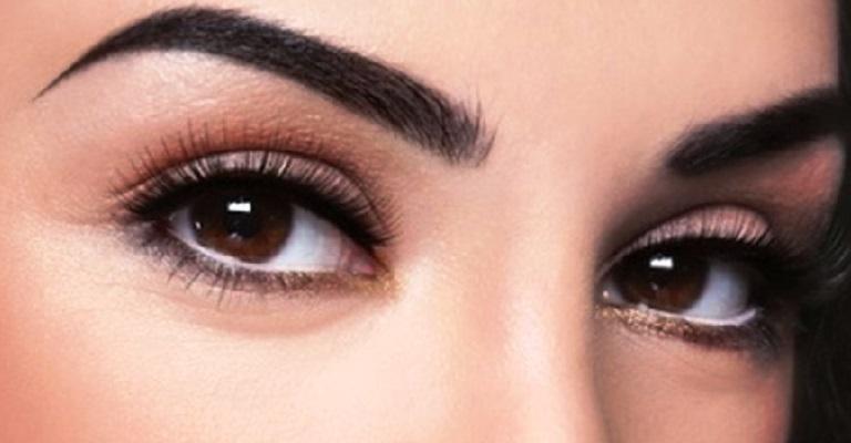 Como eliminar as sobrancelhas cansadas?