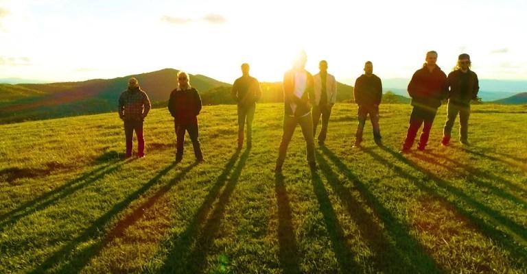 """Grupo de reggae SOJA libera clipe de """"Fire In The Sky"""""""