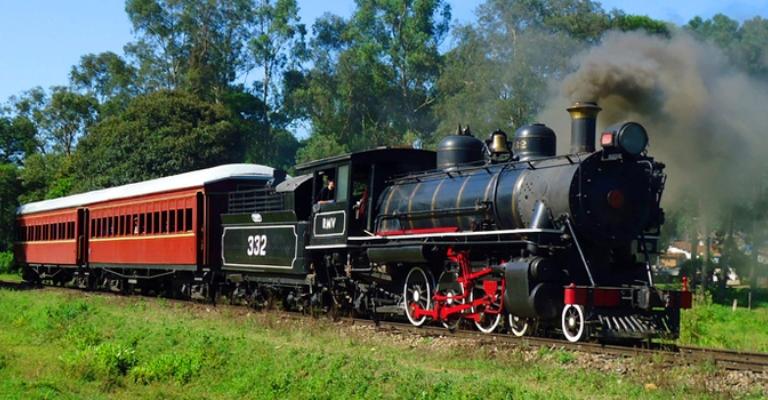 Vagões fora de operação podem equipar trens turísticos