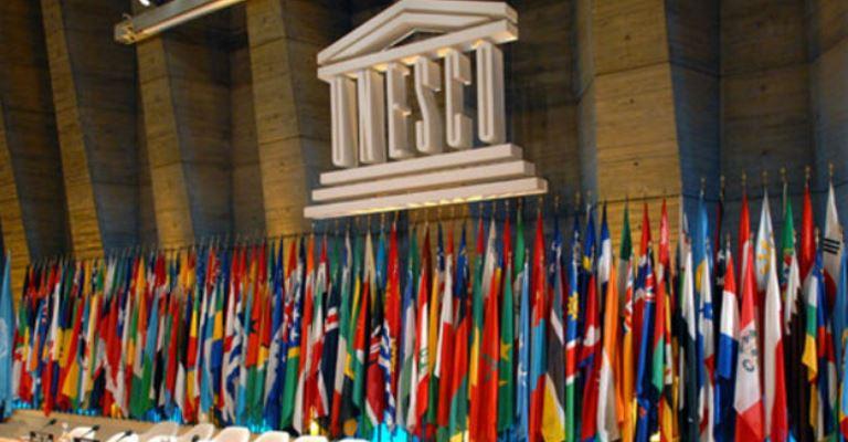 A saída dos Estados Unidos e de Israel da UNESCO