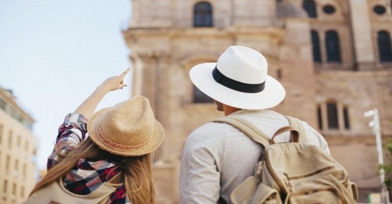 Por que a exigência de seguro saúde para turistas?