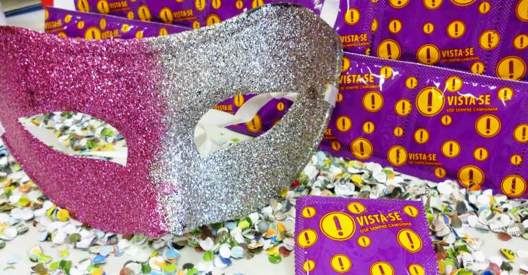 Carnaval ascende alerta para o uso do preservativo